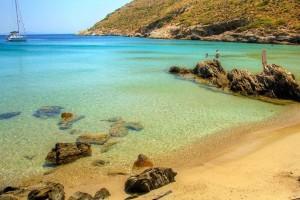 """Το """"στολίδι"""" του Αιγαίου: Σ' αυτό το νησί θα κάνεις τις πιο οικονομικές διακοπές"""