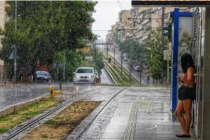 Έρχεται η «Θάλεια»: Προειδοποίηση για καταιγίδες και χαλάζι - Πού θα «χτυπήσει» σήμερα η κακοκαιρία