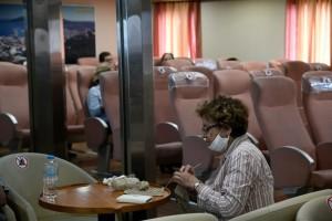 Χάος σε πλοίο στη Σύρο: Καταγγελίες επιβατών για το προσωπικό και έφοδος του Λιμενικού