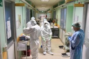 Κορωνοϊός: Αυξάνεται ο αριθμός των νοσοκομείων για την νοσηλεία