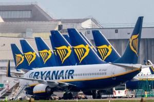 Πανικός με τη Ryanair: Άγρια κόντρα με αφορμή τον κορωνοϊό
