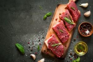 Το κόλπο για να καταλάβετε αν το κρέας σας είναι φρέσκο μόνο από το χρώμα