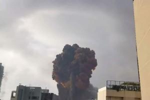 Έκρηξη στη Βηρυτό: Λύγισε μπροστά στις κάμερες ο κυβερνήτης - Έτοιμη και η Ελλάδα για βοήθεια