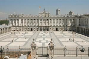 «Βόμβα» στη βασιλική οικογένεια: Επίσημος ο... χωρισμός για τη Βασίλισσα