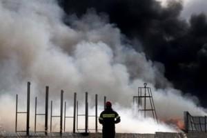 Φωτιά σε εργοστάσιο στην Αττική