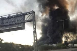 Φωτιά στη Μεταμόρφωση: Προειδοποίηση 112 - «Μείνετε σπίτια σας - Κλείστε πόρτες και παράθυρα»