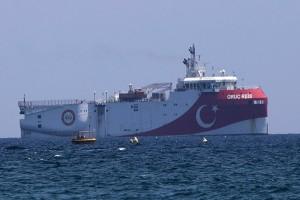 Συναγερμός στο Αιγαίο: Βγήκε από την ελληνική υφαλοκρηπίδα το Oruc Reis