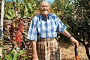 97χρονος παππούς έπασχε από καρκίνο και του έδιναν 9 μήνες ζωής όμως 6 χρόνια μετά...