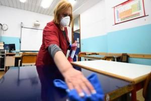 Κορωνοϊός: Συνεχίζονται οι διεργασίες για το άνοιγμα των σχολείων