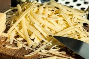 Μην ξαναπάρετε αυτό το τυρί στις ταβέρνες - Είναι απάτη