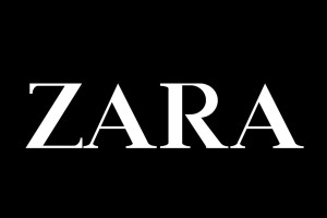 """""""Ουρές"""" στα Zara για την snake skin ψηλόμεση φούστα - Αγόρασε την πριν εξαντληθεί"""