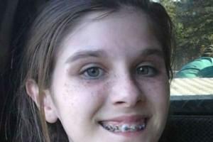 """14χρονη έβγαλε μια φωτογραφία από την εκδρομή με την οικογένεια της - Μόλις την παρατήρησε καλύτερα """"πάγωσε"""""""