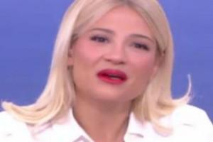 Σπαραγμός για την Φαίη Σκορδά on air - Τι συνέβη;