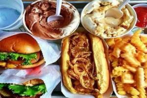 Stop: Αυτές είναι οι 5 χειρότερες τροφές για τη διατροφή σας