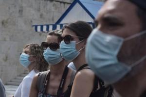 """Κορωνοϊός: Γιατί η Αττική θεωρείται το """"καυτό"""" σημείο της επιδημίας στην Ελλάδα"""