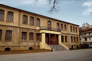 Πάρος: Κλειστό το Δημοτικό Σχολείο Νάουσας - Θετικός στον κορωνοϊό ένας μαθητής