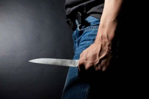 Θρίλερ στη Λεωφόρο Μεσογείων: Μαχαίρωσαν 19χρονο για να του πάρουν το κινητό