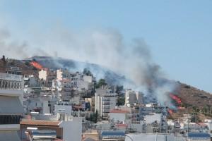 Μεγάλη φωτιά στον Βύρωνα (Video)