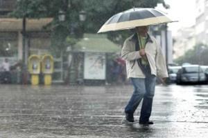 Καιρός: Οι βροχές συνεχίζονται στην χώρα - Πού υπάρχει κίνδυνος την νύχτα