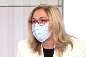 «Όσοι μπαίνουν στις ΜΕΘ δεν βγαίνουν»: Σοκάρει η περιγραφή νοσηλεύτριας για την «μάχη» με τον κορωνοϊό (Video)