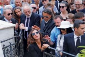 Ζωή Λάσκαρη: Δέος με αυτό που γράφει πάνω ο τάφος της - Το ντοκουμέντο στην δημοσιότητα...