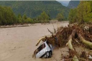 """Κακοκαιρία """"Ιανός"""": Εντοπίστηκε το αυτοκίνητο της 40χρονης στο Μουζάκι"""