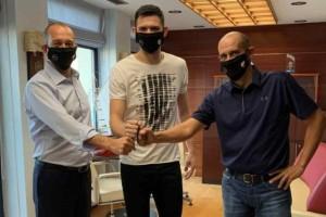 Ολυμπιακός: «Ερυθρόλευκος» για πάντα ο Κώστας Παπανικολάου