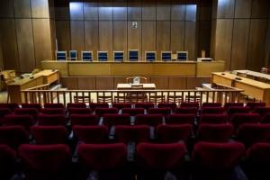 """Κορωνοϊός: """"Λουκέτο"""" στα ποινικά και πολιτικά δικαστήρια στην Πάτρα"""
