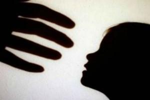 Κτηνωδία στην Κρήτη: 34χρονος πατέρας βίαζε την 5χρονη κόρη του