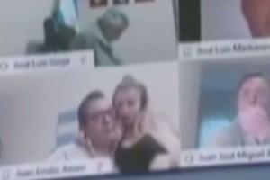 Σάλος: Βουλευτής... σε ερωτικές περιπτύξεις σε live μετάδοση (Video)