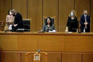 Δίκη Χρυσής Αυγής: Το δικαστήριο αμφισβητεί την αγόρευση της εισαγγελέως