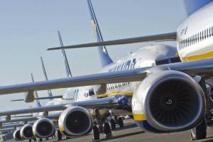 """Σούσουρο με την """"τρελή"""" προσφορά της Ryanair"""