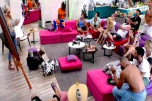 Σκληρό ριάλιτι: Παίκτρια του «Big Brother» σε πλάνο που απαγορεύεται να παιχτεί στην τηλεόραση
