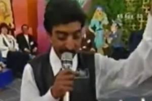 Αννίτα Πάνια: To video με τον Πακιστανό που είχε γίνει Viral - Τραγουδάει Νίκο Καρβέλα!