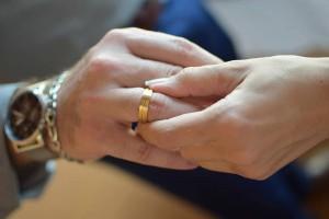 Τίνα, 34 ετών: «Θα συμμαχήσω με τη γυναίκα του εραστή μου για να τον χωρίσω από μια άλλη»