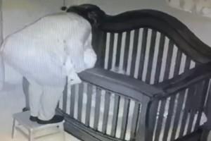 77χρονη γιαγιά προσπαθεί να βάλει το μωρό για ύπνο - Αυτό που συνέβη στη συνέχεια θα σας σοκάρει (Video)