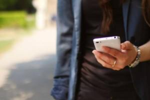 Τηλεφωνική απάτη: Αν χτυπήσει το κινητό σας από αυτόν τον αριθμό ΜΗΝ το σηκώσετε!