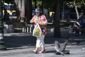 Κορωνοϊός: Νέα «έκρηξη» κρουσμάτων - Μεγάλος ο αριθμός των νεκρών