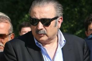 """""""Έφυγε ο..."""" - Ανακοίνωσε το θάνατο ο Λάκης Λαζόπουλος"""