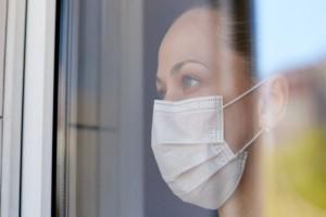 """Κορωνοϊός: """"Βροχή"""" τα πρώτα πρόστιμα για τη μη χρήση μάσκας σε δημόσιους χώρους"""