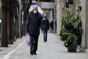 Κορωνοϊός: Πότε πρέπει να φοράμε μάσκες στους χώρους εστίασης