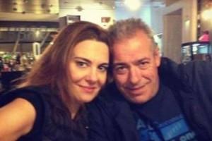 Άφωνος με την Φαίη Μαυραγάνη ο Νίκος Μάνεσης - Τον… κούφανε με την κίνηση που έκανε στο σπίτι