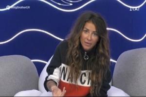 "Big Brother: ""Τι πίνει αυτή η κοπέλα;"" - Έξαλλη η Ραμόνα με την Άννα Μαρία"