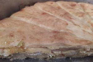 Τυρόπιτα με... ενισχύσεις - Γρήγορη και σπιτική συνταγή