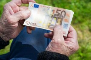 Συντάξεις: Έρχονται αυξήσεις έως και 274 ευρώ - Ποιοι κερδίζουν