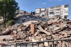 Σεισμός στη Σάμο: Τέσσερις νεκροί στη Σμύρνη - Υλικές καταστροφές στην υπόλοιπη χώρα