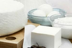 Το κόλπο της γιαγιάς για να διατηρείς φρέσκο το τυρί για μήνες