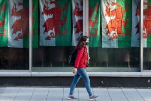 Κορωνοϊός: Lockdown στην Ουαλία για 17 μέρες