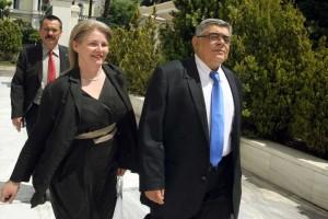 Αισχρό: Στη Βουλή ως μετακλητή η Ελένη Ζαρούλια