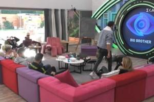 Big Brother: H άγρια επίθεση και τα κλάματα - Δείτε τα highlights